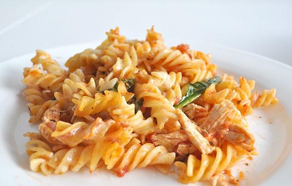 Chicken-and-Cheese-Pasta-Bake-3