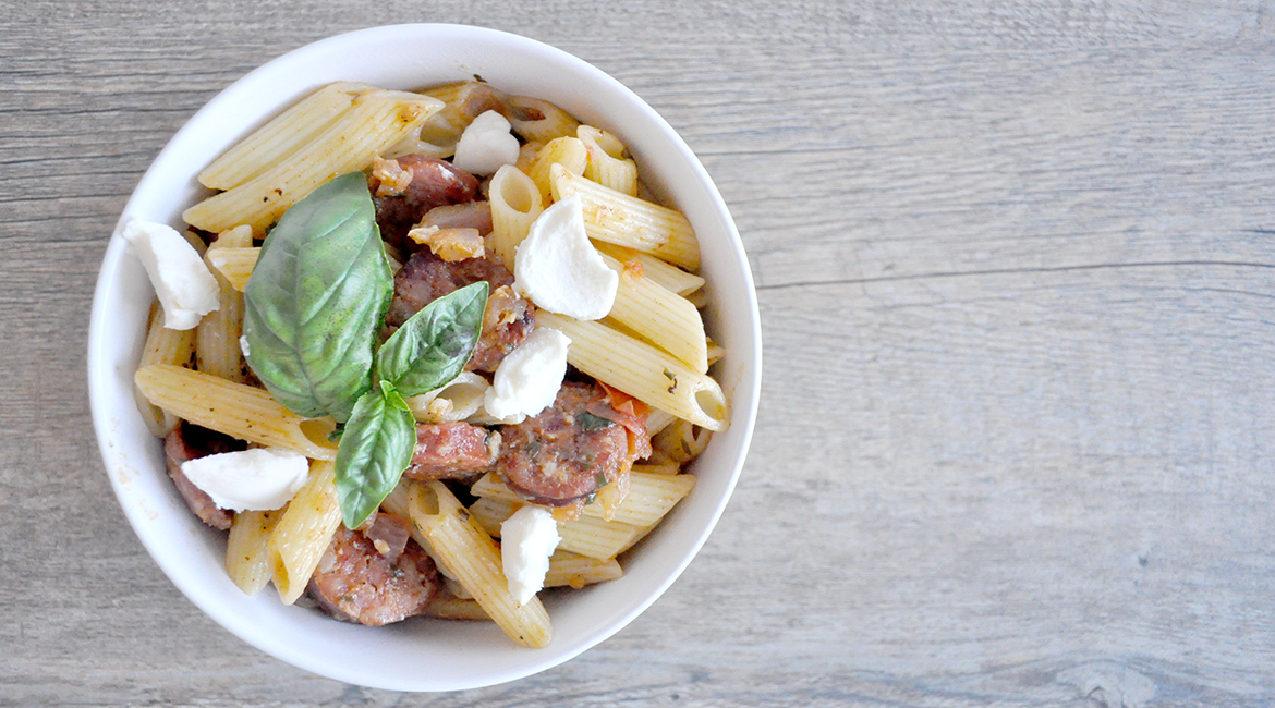 A very easy and light chorizo pasta recipe to whip up when you're in a hurry. This is a really great one pan dish.