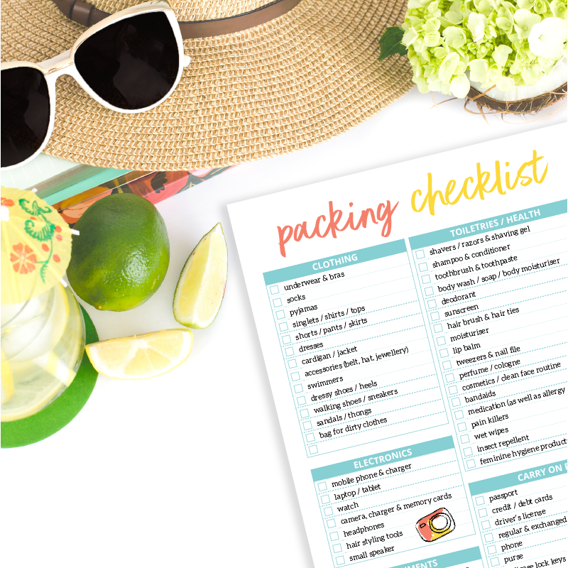 Travel packing checklist. Holiday planner. Pack Smart.