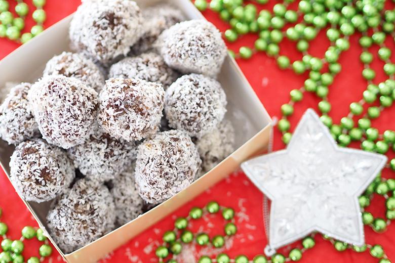 Christmas Rum Balls recipe