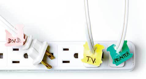 Use bread tags to label your power cords to easily distinguish cords, as we all know they can become a tangled mess. Clever way of repurposing!