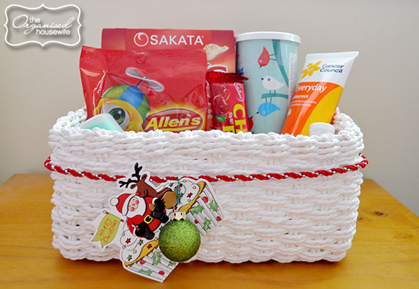 {The Organised Housewife} Guest Basket 4