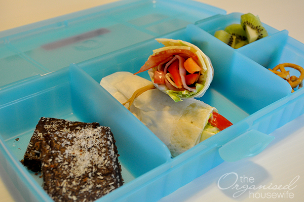{The Organised Housewife} Lunchbox Idea Wrap Slice