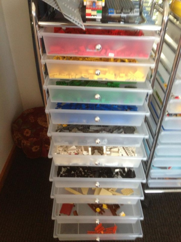 Lego-Storage-Ideas-25-600x800.jpg