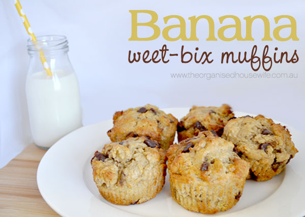 {The Organised Housewife} Banana Weet-bix Muffins