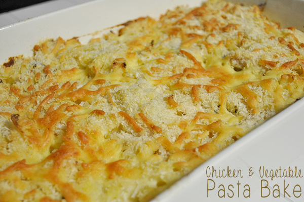 {The Organised Housewife} Chicken and Vegetable Pasta Bake