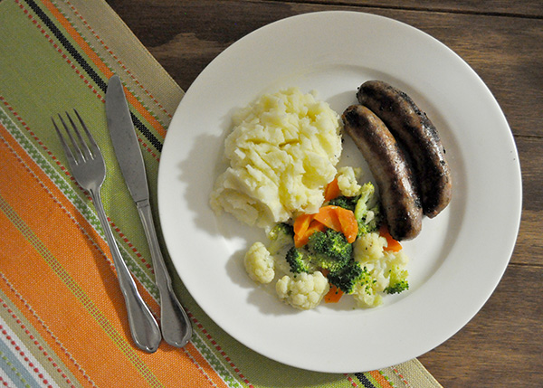 {The Organised Housewife} Peppercorn Sausages