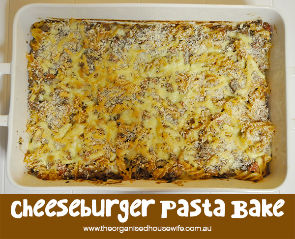 {The Organised Housewife} Cheeseburger Pasta Bake