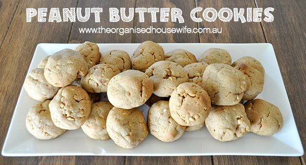 {The Organised Housewife} Peanut Butter Cookies
