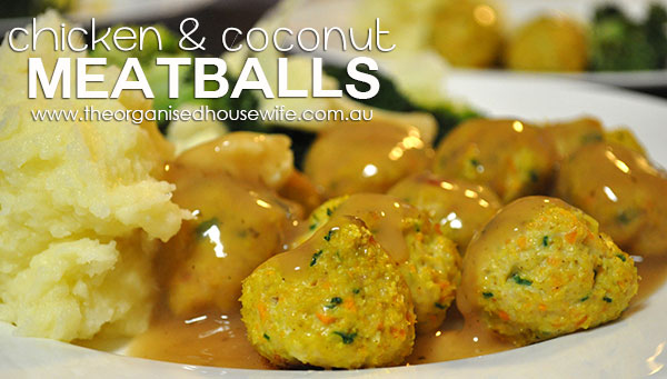 {The-Organised-Housewife}-Chicken-and-Coconut-Meatballs