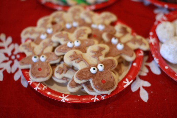 {The Organised Housewife} How to make gingerbread reindeer 13