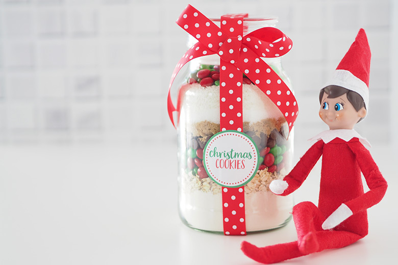 Christmas Cookie Mix in a Jar quick easy homemade gift idea