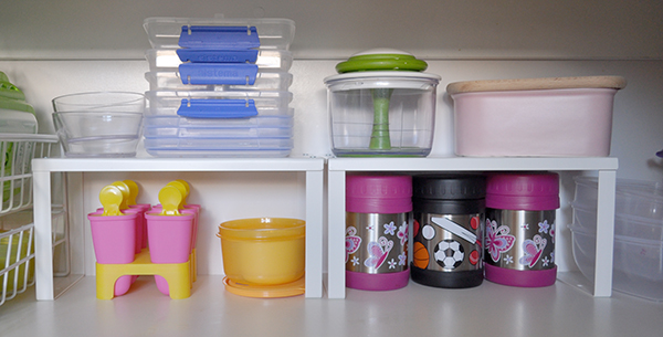 {The Organised Housewife} Organising Tupperware Plastics Cupboard 2
