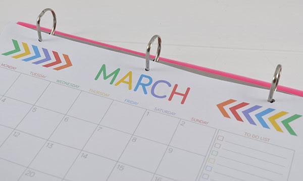 {The-Organsied-Housewife}-Free-Wall-Calendar-Printable-7