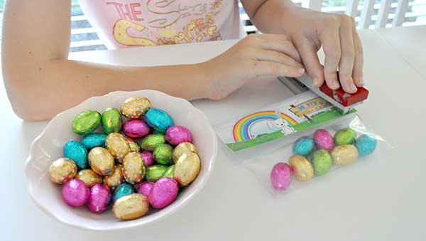 {The-Organised-Housewife}-Easter-Bag-Toppers-3