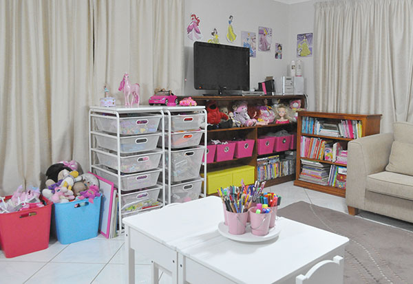 {The-Organised-Housewife}-Toy-Room-Organisation---makeover-36