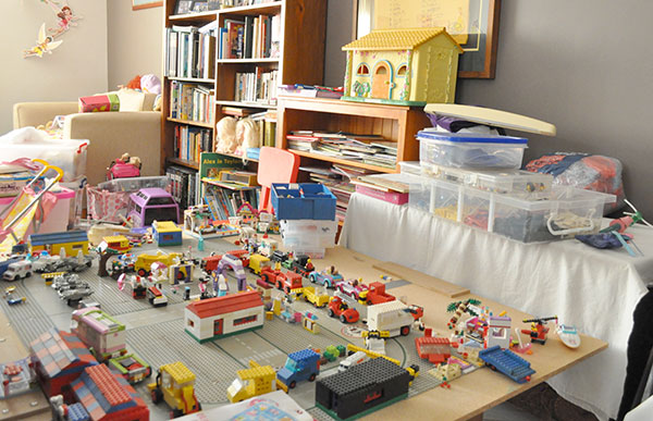 {The-Organised-Housewife}-Toy-Room-Organisation---makeover-38