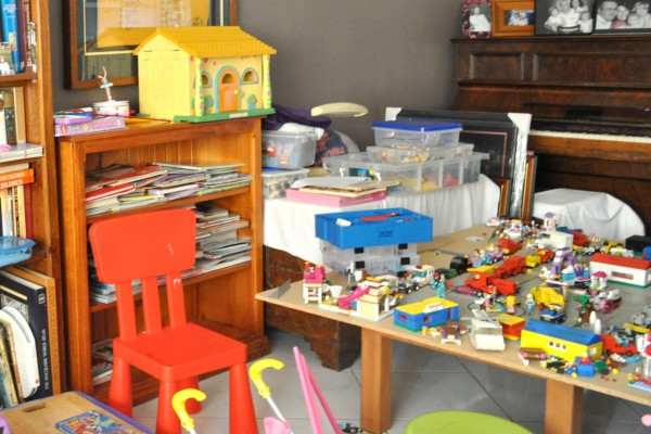 {The-Organised-Housewife}-Toy-Room-Organisation---makeover-4
