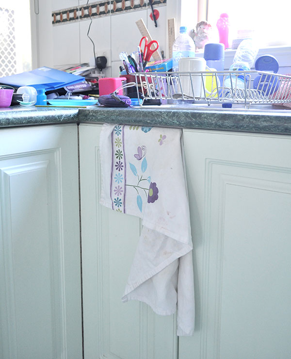 {The-Organised-Housewife}-Pantry-on-a-Budget-3