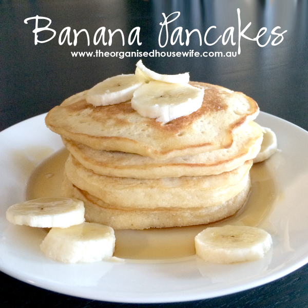 {The Organised Housewife} Banana Pancakes