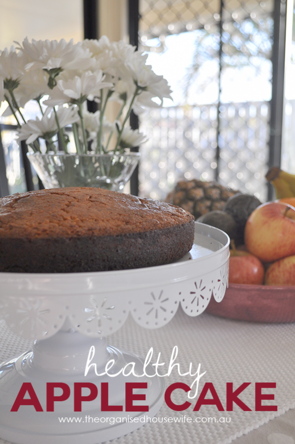 {The Organised Housewife} Kids in the Kitchen - Healthy Apple Cake