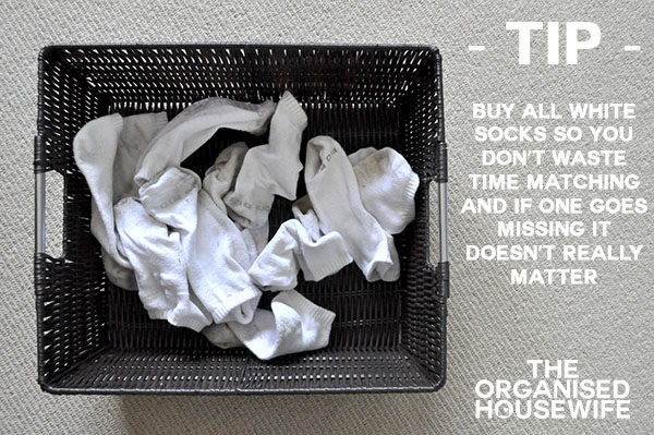 {The Organised Housewife} sock tip copy