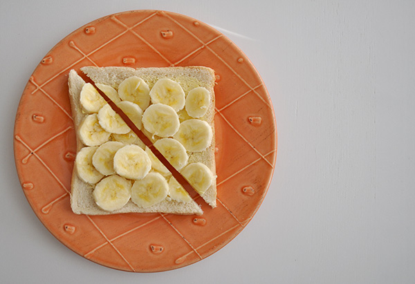 {The Organised Housewife} Banana on Bread