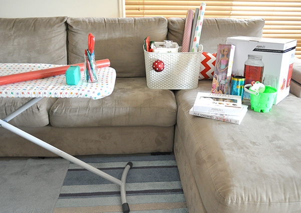{The Organised Houewife} Gift Wrapping tips 3