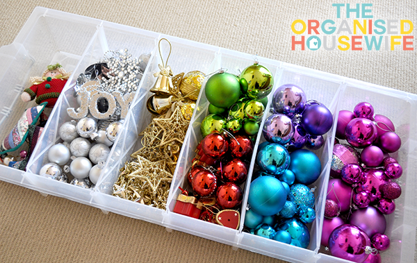 {The Organised Housewife} Christmas Decoration Storage