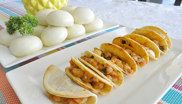 {The Organised Housewife} Coles Brand Mini Prawn Tacos and Pork Buns