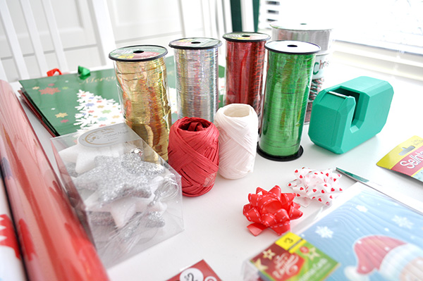 {The Organised Housewife} Gift Wrapping Basket 2