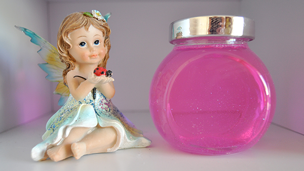 {The Organised Housewife} Girls Bedroom Makeover tooth fairy bottle