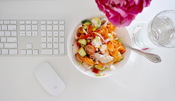 {The Organised Housewife} Mason Jar Salad 11