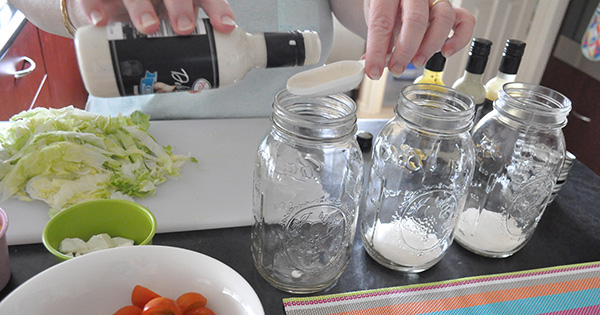 {The Organised Housewife} Mason Jar Salad 4