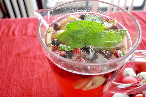 {The Organised Housewife} Christmas Punch Recipe 1