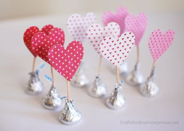 Valentines Day Food and Craft ideas 2 - chocolate kisses