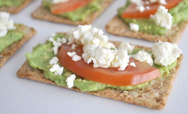 Healthy-After-School-Snack-Idea---Avocado,-tomato-and-feta-cracker