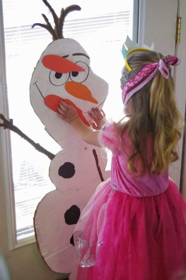pin-the-nose-on-olaf