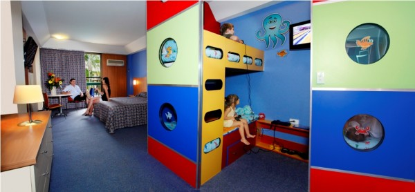 021111105755Room_-_King_Bunkhouse_Room_small