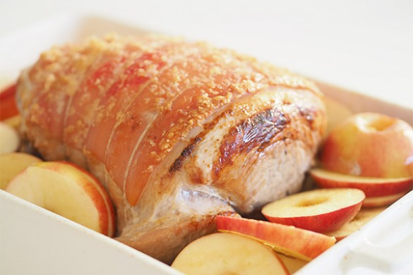 Roast-Pork-with-Caramelised-Apples-and-Onion-3