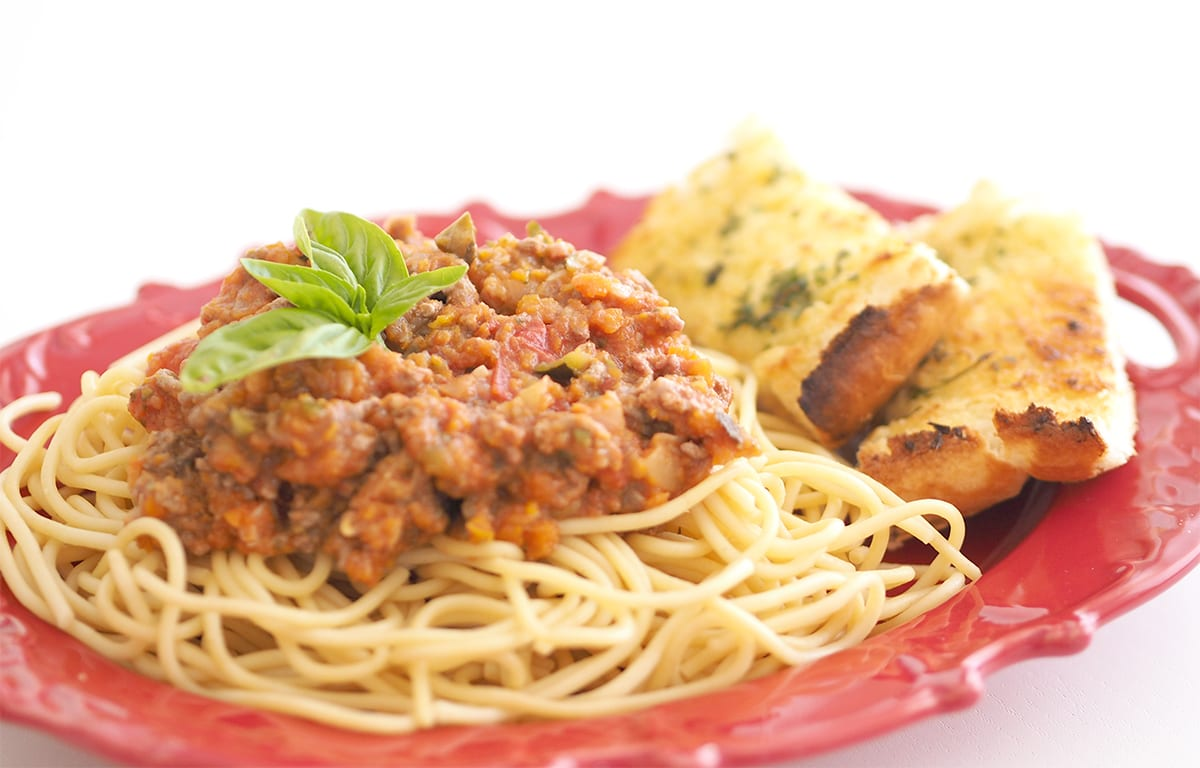 Meat with hidden vegetables pasta. Spaghetti bolognese great for kids. Family meal planning.
