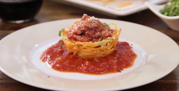 Spaghetti-Meatballs muffin bites