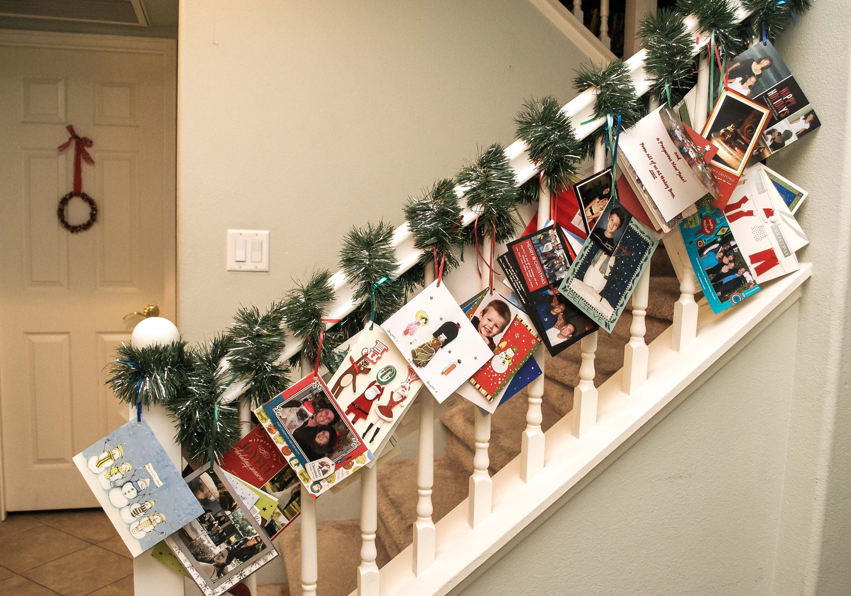 15 Christmas Card Display Ideas - The Organised Housewife