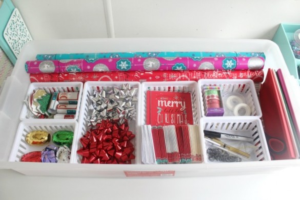 gift-wrapping-station-under-bed-storage