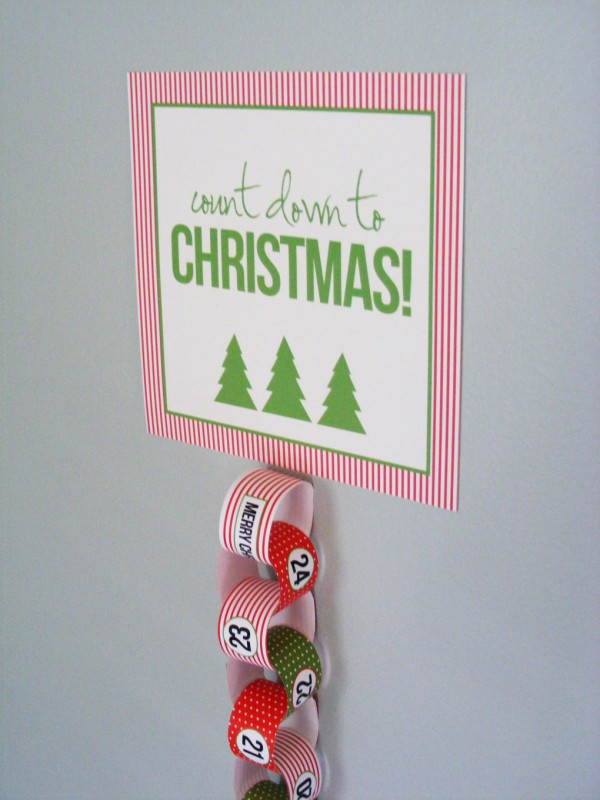 Christmas paper chains countdown