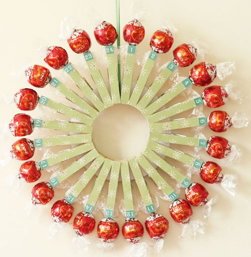 xmake-your-own-advent-calendar-finished-wreath.jpg.pagespeed.ic.8Jsi0AiCJY