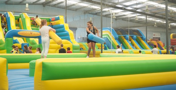inflatable-world-birthday-party