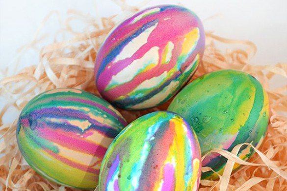 drip-dyed-easter-egg-nest