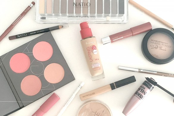 Essential-makeup-kit-FEATURE