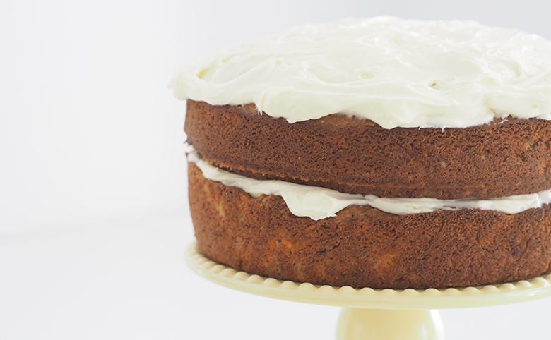 This delicious and fluffy cream cheese icing recipe will make your favourite carrot and banana cakes taste so good.